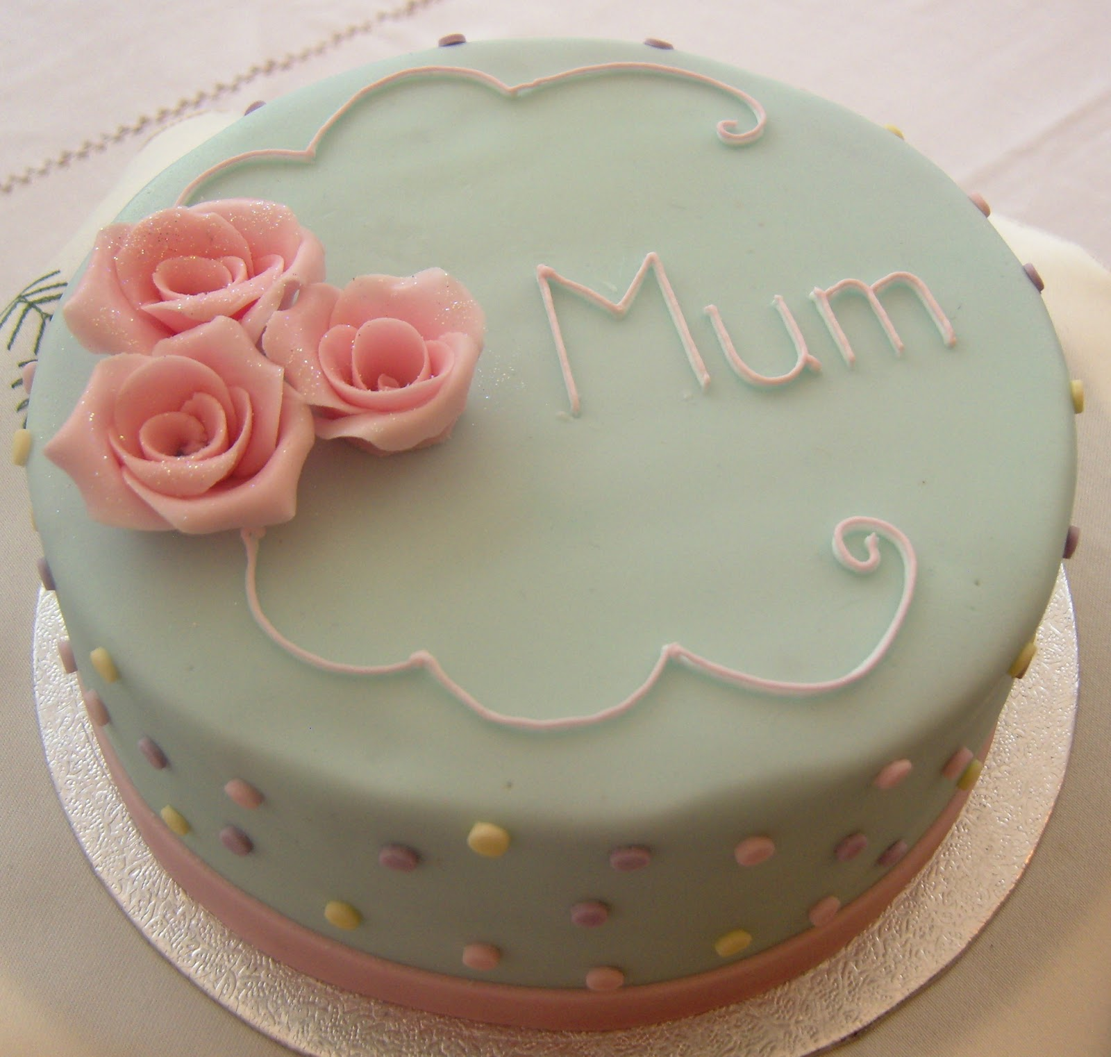 Order Cake For Mom Online Delivery From Wish A Flower